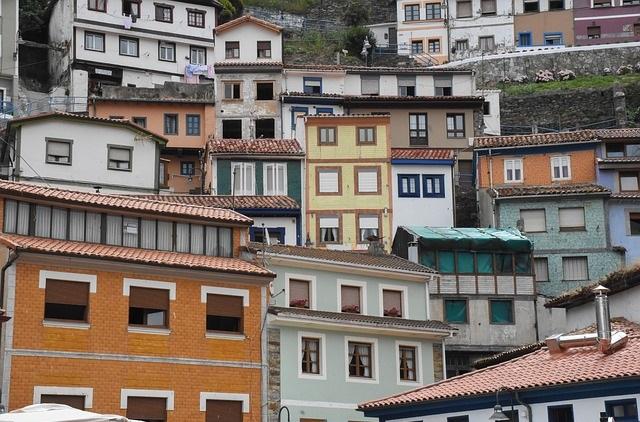 Pitonisa en asturias, tarotista en asturias, lectura de tarot en asturaias, vidente en asturias